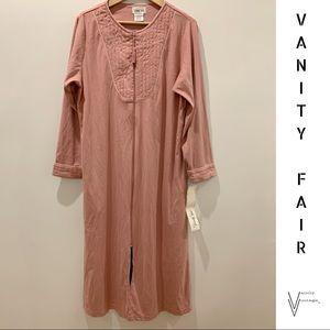 NWT Vintage 70s Vanity Fair Caftan/Robe